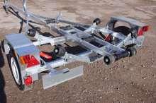 Прицеп ЛАВ-81014А с роликами